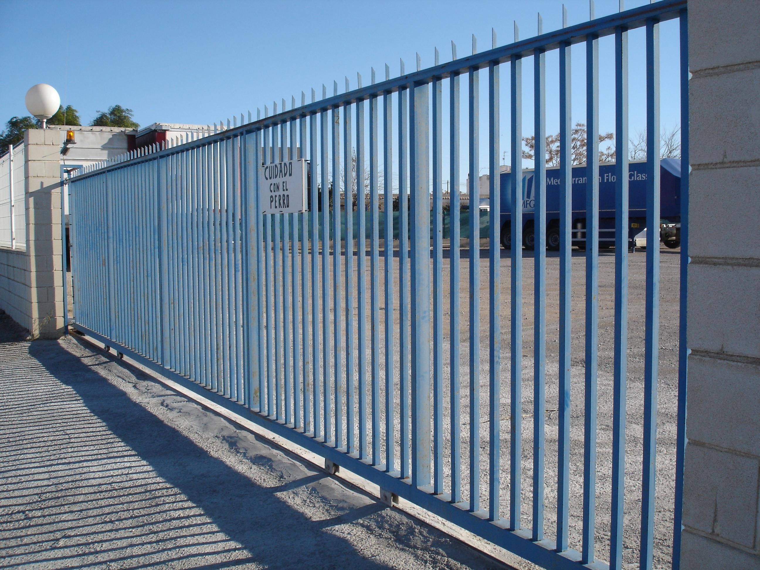 Puertas correderas o abatibles torival fabricacion y - Puertas correderas o abatibles ...