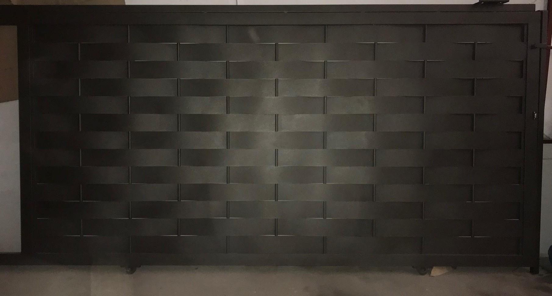 Puertas para chalets torival fabricacion y montaje de vallados - Puertas de chalet ...